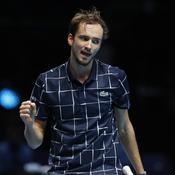 Masters : Medvedev terrasse Djokovic et file en demies
