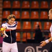 Fed Cup, Mauresmo Revers