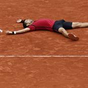 Djokovic remporte enfin Roland-Garros et entre dans la légende
