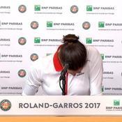 Eliminée par Mladenovic, Muguruza fond en larmes en pleine conférence de presse