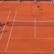 Roland-Garros : le coup génial entre les jambes de Thiem contre Monfils (vidéo)