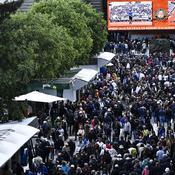 Roland-Garros: le déplacement du match Wawrinka-Dimitrov provoque la colère du public
