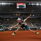 Première historique à Roland-Garros avec le toit déjà fermé