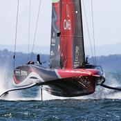 Coupe de l'America : Luna Rossa continue de tenir tête à Team New Zealand