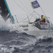 Solitaire du Figaro : Macaire toujours leader devant la meute