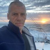 Vendée Globe : Destremau, le skipper «à la casquette en carton», au bord de l'abandon