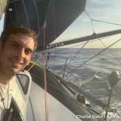 Vendée Globe : la flotte au ralenti dans le légendaire Pot au noir, Dalin sur le podium