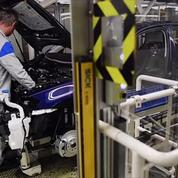Les voitures électriques ou hybrides reviennent moins chères avec le temps