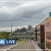 Paris: une épaisse fumée noire s'élève au dessus d'un incendie à Aubervilliers