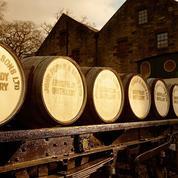 À une heure d'Édimbourg, Dewar's Aberfeldy Distillery