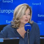 Valérie Trierweiler : les séances de signature de François Hollande «sont comme une campagne électorale»