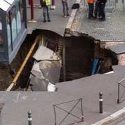 Un trou géant se forme soudainement au centre d'Amiens