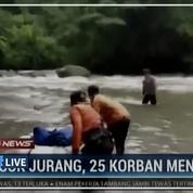 Indonésie: chute mortelle d'un bus et ses passagers dans un ravin