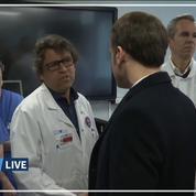 Coronavirus: Emmanuel Macron interpellé sur la situation de l'hôpital public