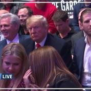 Donald Trump hué lors d'un match de MMA