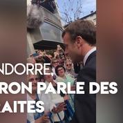 En visite en Andorre, Emmanuel Macron interpellé sur la retraite à points