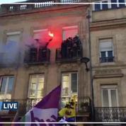 Grève du 5 décembre: à Bordeaux, les pompiers applaudis par les manifestants