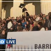 Retraites: à Bordeaux, les avocats jettent leur robe en signe de mécontentement
