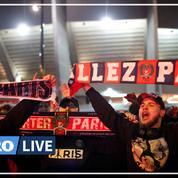 Football: les supporters du PSG présents malgré le huis-clos