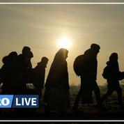 Des milliers de migrants agglutinés à la frontière entre la Turquie et la Grèce
