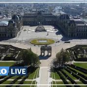 Paris, ville endormie: le Louvre et les Tuileries vus du ciel