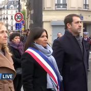 Attentats du 13 Novembre: commémorations devant les terrasses touchées