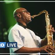 Manu Dibango, saxophoniste légendaire, est mort du coronavirus