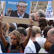 Plusieurs milliers de Britanniques ont manifesté à Londres après la suspension du parlement