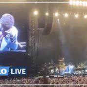 Atteint d'une pneumonie, Elton John interrompt un concert au bord des larmes
