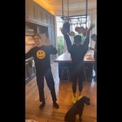 Victoria Beckham et son fils Romeo dansent en rythme sur un tube des Spice Girls