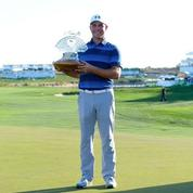Phoenix Open: Gary Woodland gagne en playoff devant une foule record