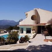 France 5 explore la maison de Dalida en Corse