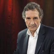 Souffrant, Jean-Jacques Bourdin quitte l'antenne de RMC en direct