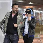 Frédéric Lopez part «en terre inconnue»avec Mélanie Doutey