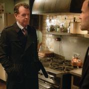 John Noble, le père de Sherlock Holmes débarque sur M6