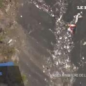 Crash A320 : les débris éparpillés sur le lieu du drame