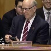 Ce sénateur américain surprend avec sa sonnerie