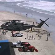 Un hélicoptère militaire atterrit en urgence sur une plage californienne