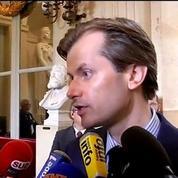 Collège: Larrivé conseille à Valls de prendre une tasse de camomille