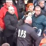 Défilé FN: trois journalistes de Canal+ agressés par des militants