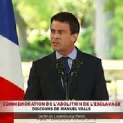 Valls : «Najat-Vallaud Belkacem a ma confiance»