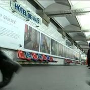 Paris: l'art contemporain s'expose dans la rue