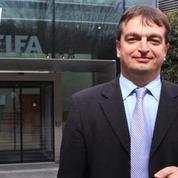 Il se sacrifie pour la Fifa Jérôme Champagne