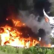 À Kiev, un gigantesque incendie touche un dépôt pétrolier