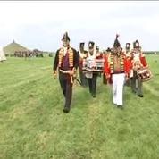200 ans après, ils rejouent la bataille de Waterloo