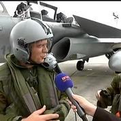 Opération Rafale: la réaction de Christophe Delay à sa descente de l'avion