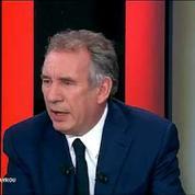 Bayrou : Hollande prend les citoyens pour des