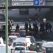 Grève des taxis : heurts impressionnants entre manifestants et CRS à Paris