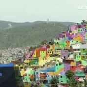 Au Mexique, un quartier repeint aux couleurs de l'arc-en-ciel