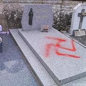 Une quarantaine de tombes profanées dans un village de l'Oise